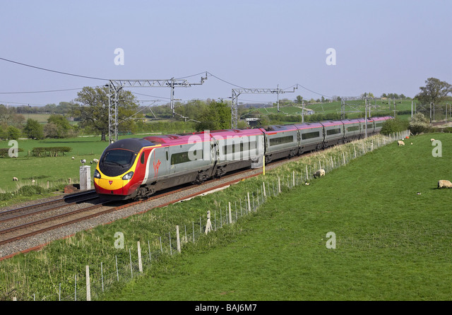 Trains Manchester Piccadilly to London Euston