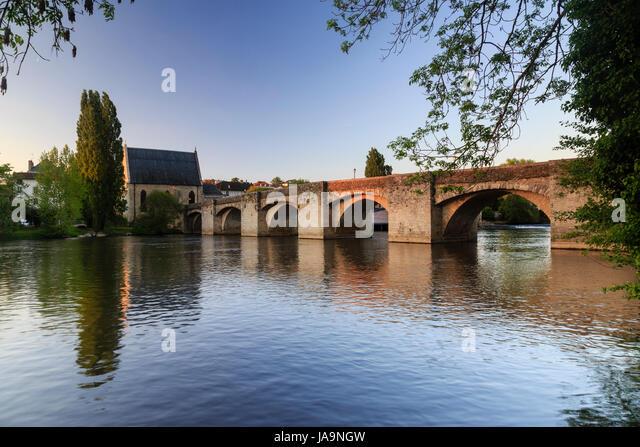 Notre dame du pont stock photos notre dame du pont stock for 87 haute vienne france