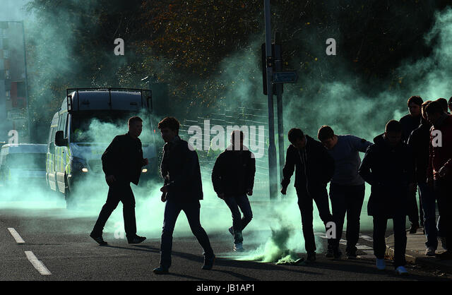 Plymouth Argyle football fans, Devon,UK - Stock Image