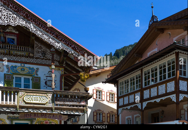 Canazei stock photos canazei stock images alamy for Fully decorated homes