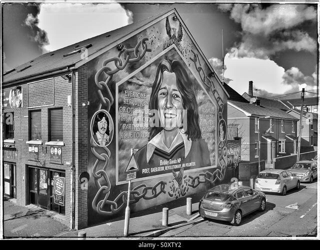 Mural belfast ira stock photos mural belfast ira stock for Bobby sands mural falls road