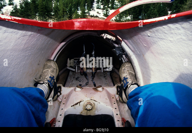 Bobsleighing stock photos bobsleighing stock images alamy for Interieur bobsleigh