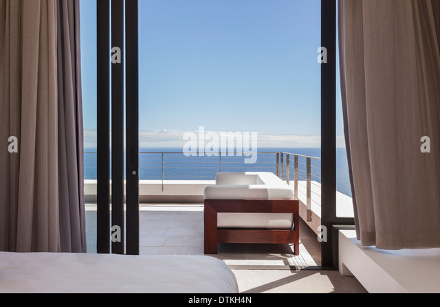 Balcony overlooking sea stock photos balcony overlooking for Balcony overlooking ocean