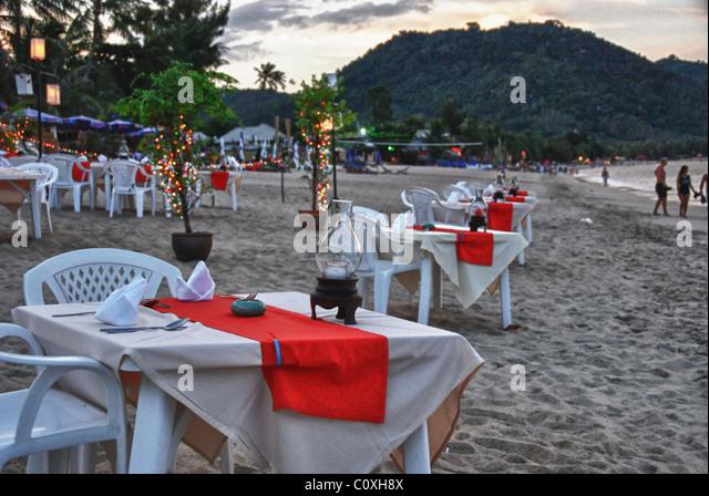 Beach bar koh samui stock photos beach bar koh samui for Table 99 koh samui