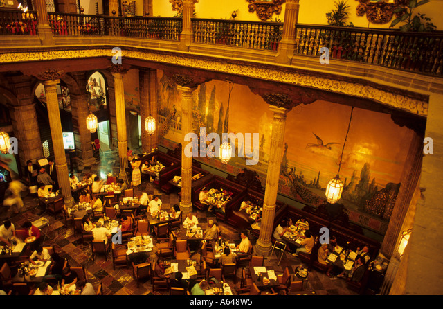 Sanborns stock photos sanborns stock images alamy for Sanborns azulejos restaurante