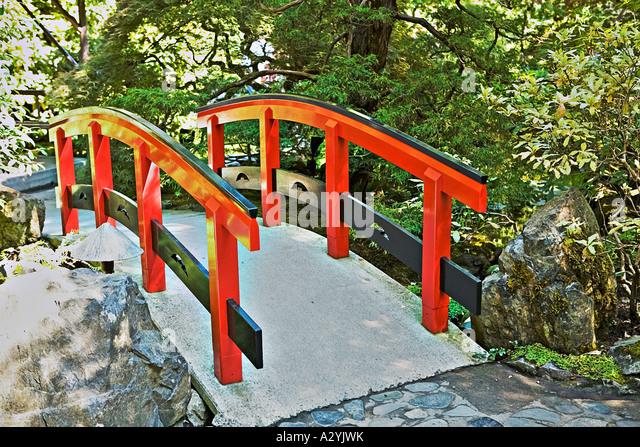 Butchart gardens bridge stock photos butchart gardens for Japanese style bridge