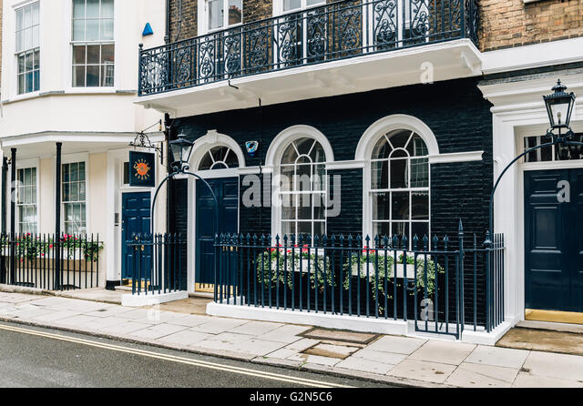 Classic Luxury House classic luxury house exterior in stock photos & classic luxury