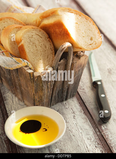 how to cut french bread