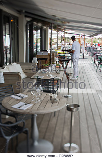 Sur la mer restaurant stock photos sur la mer restaurant stock images alamy - Hotel restaurant la co o rniche pyla sur mer ...