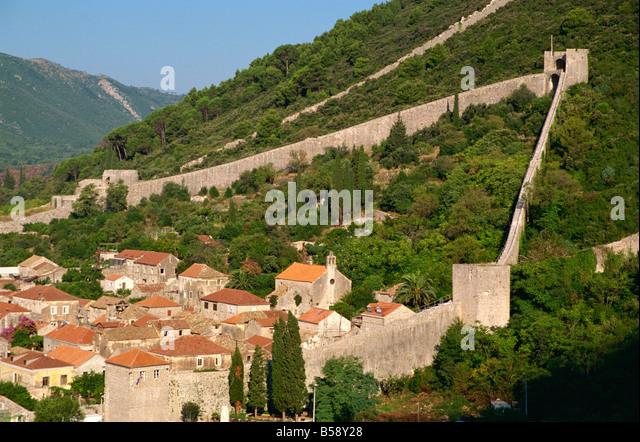 Ston stock photos ston stock images alamy the 14th century walls ston croatia europe stock image voltagebd Image collections