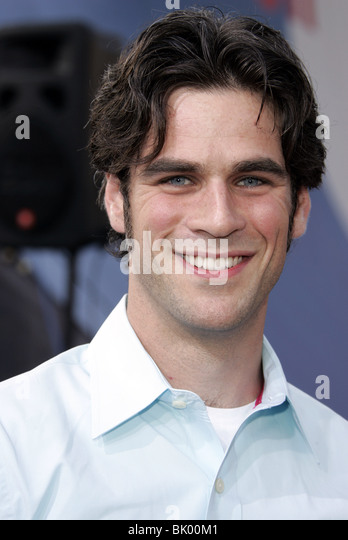 Eddie Cahill Stock Photos & Eddie Cahill Stock Images - Alamy