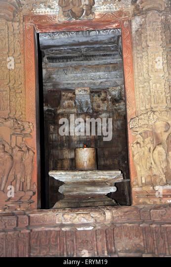 Shiva Linga Stock Photos & Shiva Linga Stock Images - Alamy Kandariya Mahadeva Temple Inside