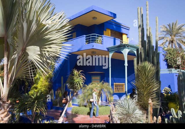 Jardin majorelle and person stock photos jardin for Jardin yves saint laurent