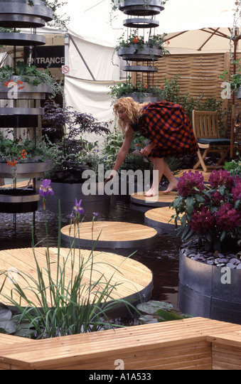 Charlie Dimmock Stock Photos & Charlie Dimmock Stock