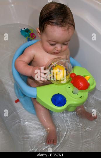 Baby Bath Seat Stock Photos & Baby Bath Seat Stock Images - Alamy