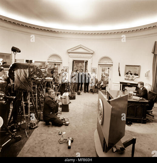 kennedy oval office. ST-309-1-63 11 June 1963 President Kennedy Delivers His Address On Oval Office