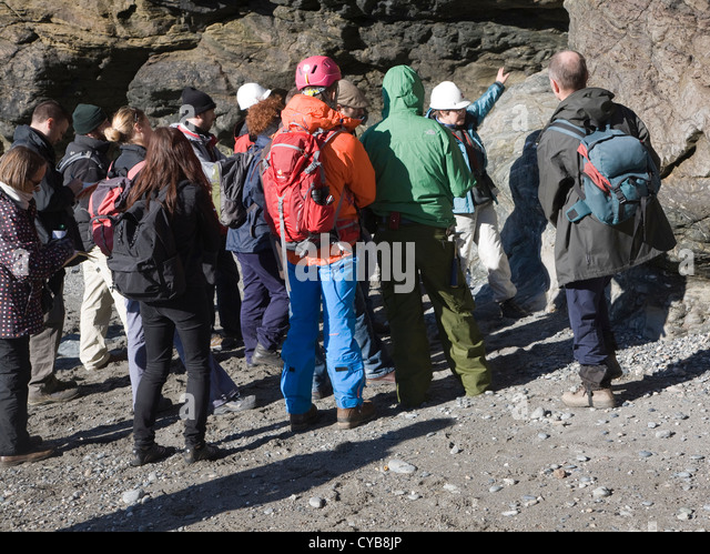 Any advice from Australian geologists would be appreciated ...