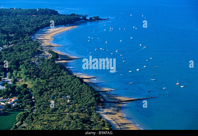 Noirmoutier island aerial view stock photos for Bois de la chaise noirmoutier