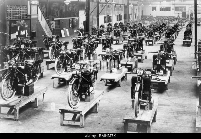 Mass Production Factory Stock Photos & Mass Production Factory ...