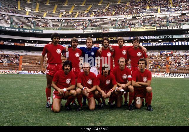 Resultado de imagem para canadian soccer 1977