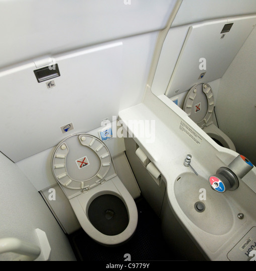 Flight Bathroom Door: Lavatory On An Airplane Stock Photos & Lavatory On An