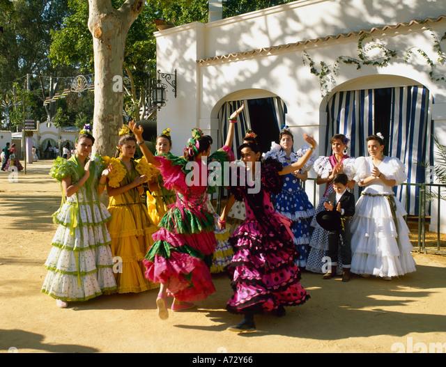 jerez de la frontera girls Showcasing a barbecue and hot tub, home apartments jerez is located in the jerez de la frontera old town neighborhood in jerez de la frontera cádiz is 14 miles away.