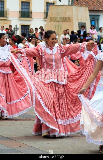 """tunja women Since 2013 and based in tunja, colombia, in the """"universidad pedagógica y  tecnológica de colombia"""" the """"consejo estudiantil de economía"""" it's a research ."""