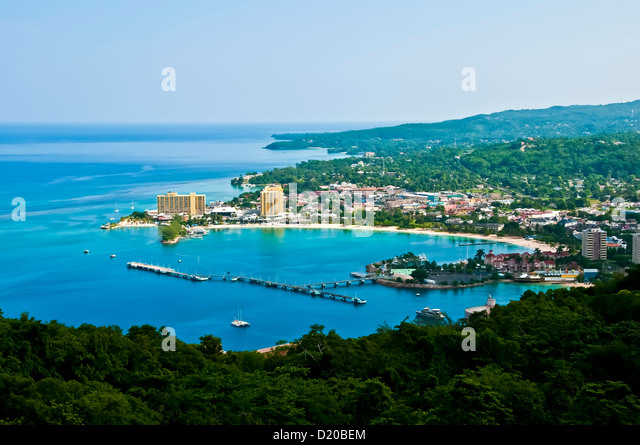 an overview of jamaica Holiday inn montego bay, holiday inn resort montego bay, holiday inn, montego bay resort, jamaica vacation, jamaica, jamaica holiday, jamaica hotel, resort, family.