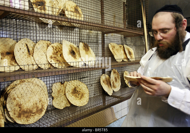 unleavened bread of jewish culture Or why does the lord forbid them to eat unleavened food in judaism, god  forbids jews from eating leavened breads during the holiday of passover (the  rest.