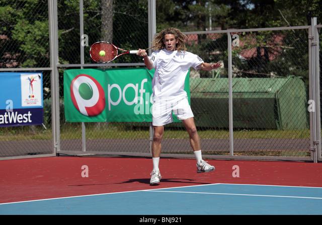 how to return tennis serve