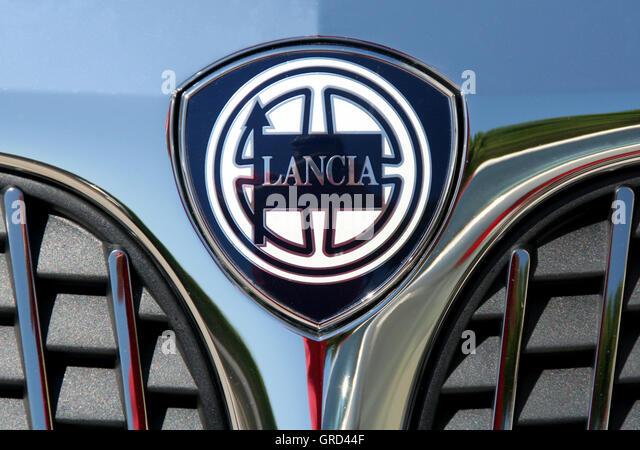 lancia logo stock photos amp lancia logo stock images alamy