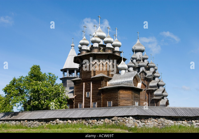 how to get to kizhi pogost