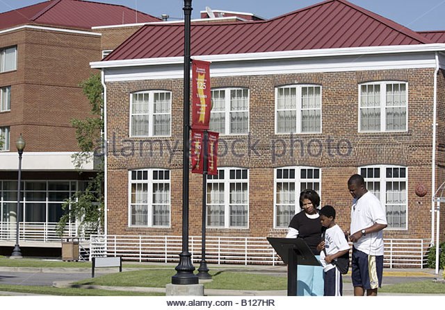 tuskegee institute single men The tuskegee syphilis  or cure a single case of infectious syphilis or bring us closer to our  the experiment's name comes from the tuskegee institute, .