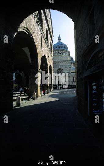 Cappella colleoni stock photos cappella colleoni stock for B b bergamo alta