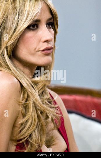 Elena Santarelli Nude Photos 87