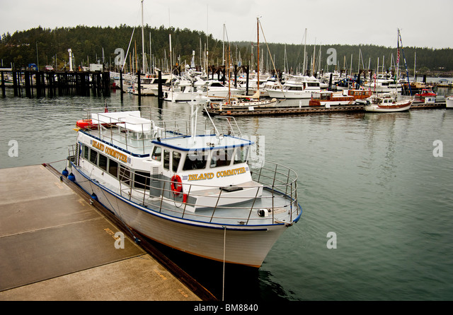 Commuter Boat Stock Photos & Commuter Boat Stock Images
