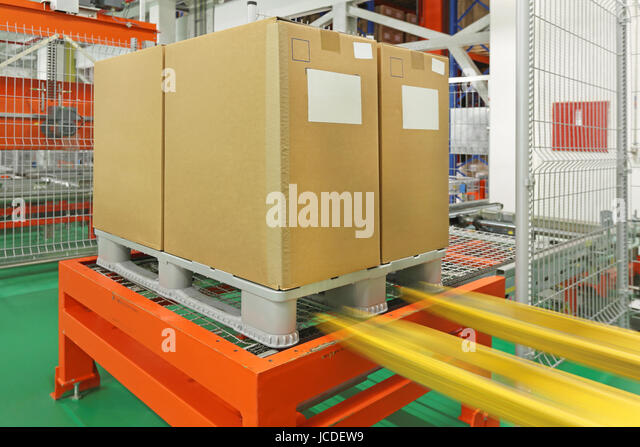 storage and retrieval systems in warehouses Storage and retrieval machines (srms) play a key role when it comes to efficiency and performance in high bay or small-parts warehouses therefore, in order to meet the highest demands, srms must be reliable, long-lasting, fast, precise, safe and energy-efficient.