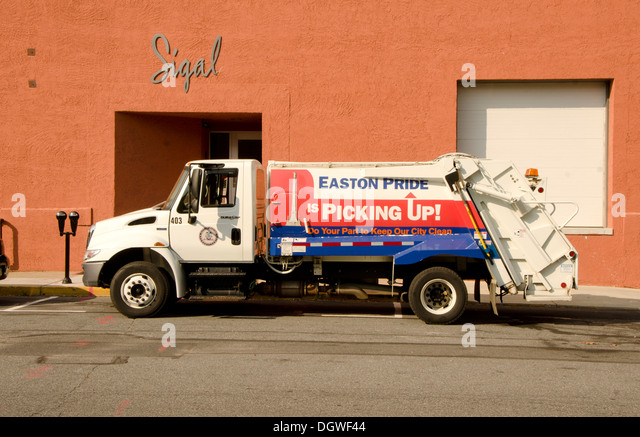 Easton (PA) United States  City pictures : ... Garbage truck, Pick up truck in Easton. Pa United states Stock Image