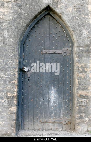 ancient wooden padlocked door castle green castle road nottingham england - Stock Image & Padlocked Wooden Door Stock Photos \u0026 Padlocked Wooden Door Stock ... Pezcame.Com