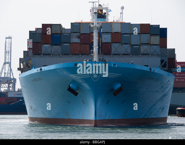 Ship Front View Bow Stock Photos & Ship Front View Bow ...