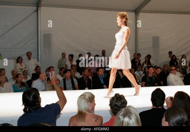 Fashion Show Runway Audience Model Runway Audience ...