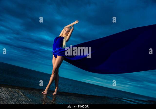tall thin blonde girl posing nude