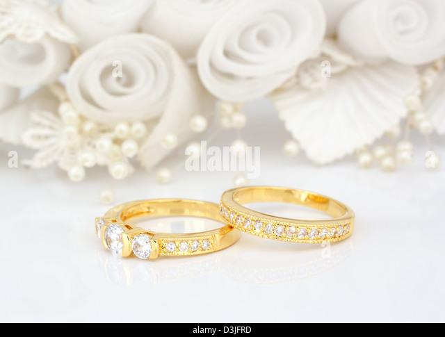 Wedding Rings On Flowers Stock Photos Wedding Rings On Flowers