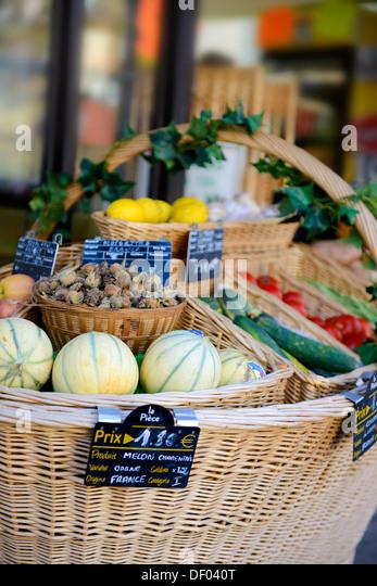 Grocer Shop France Stock Photos & Grocer Shop France Stock Images ...