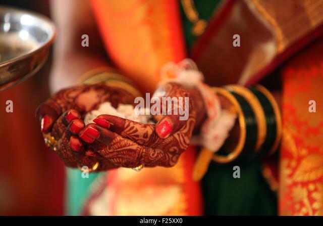 Mehndi Diya Photo : Heena stock photos images alamy
