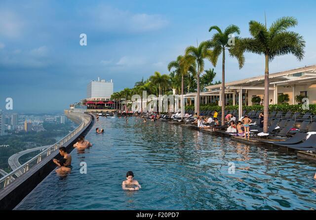 Marina Bay Sands Singapore Pool Stock Photos Marina Bay Sands Singapore Pool Stock Images Alamy