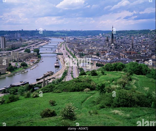 Rouen france skyline stock photos rouen france skyline for Haute normandie rouen