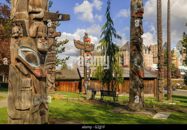 the history of totem poles in british columbia Thunderbird park is a park in victoria, british columbia next to the royal british columbia museum the park is home to many totem poles.