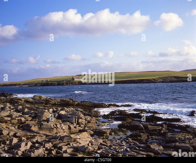 bressay sound Sheltered by the island of bressay to the east, lerwick  up past the seafield playing fields and the lower sound houses is the sands of sound,.