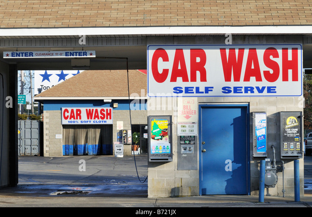 Car wash signs stock photos car wash signs stock images alamy car wash and self serve with signs and nobody stock image solutioingenieria Gallery